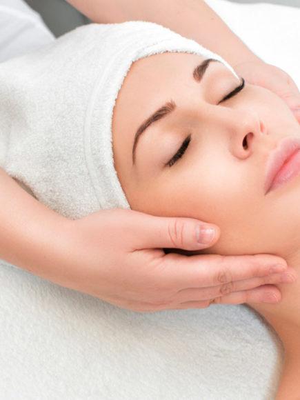 Máster en Medicina Estética + Máster en Tratamientos Faciales (Con Certificación Universitaria Internacional y Reconocimiento de 60 ECTS)
