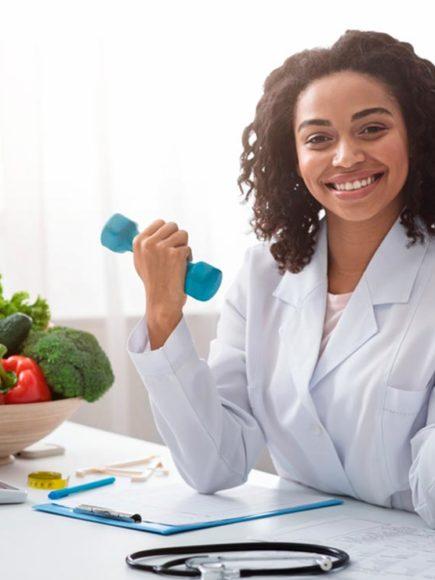 Máster Internacional en Nutrición y Dietética (Con Certificación Universitaria Internacional + Reconocimiento de 60 ECTS)
